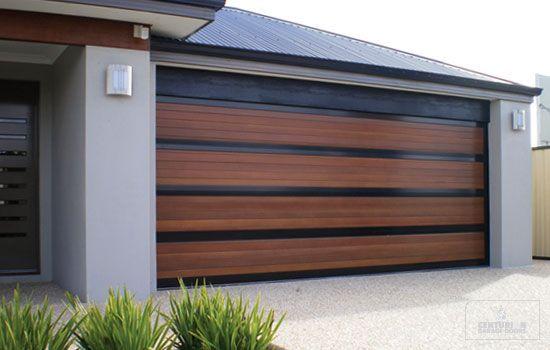 Puerta de garaje con mando Puerta de garaje con mando Calle Alcala