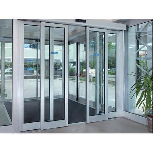puerta automatica de cristal La Moraleja